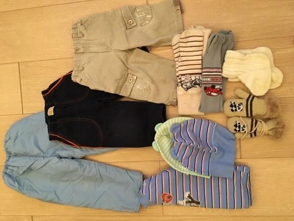 Москва, Новогиреево. Детские вещи, деревянные плечики, сумка ECCO.