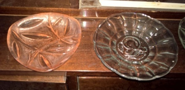 Сервант и вазочки-конфетницы. Москва